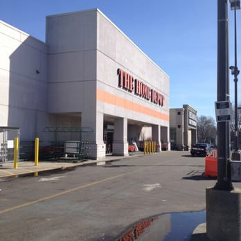 men steal 14k of merchandise from home depot stores da